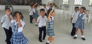 1444883328_ninos-bailando-11