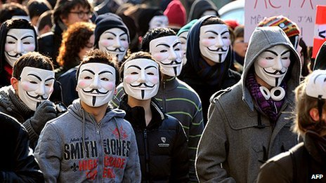 64395304_anonymous_demo_afp464x261
