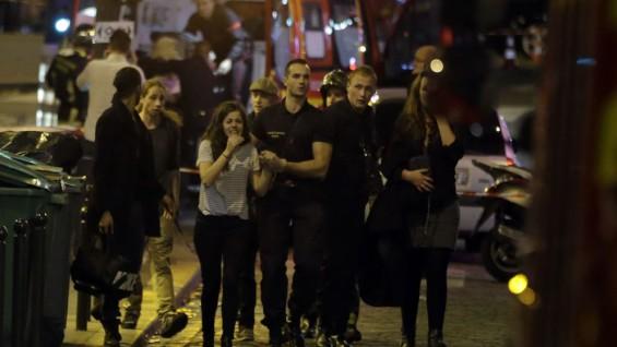 personas-murieron-atentados-Paris_LNCIMA20151113_0230_28-565x318