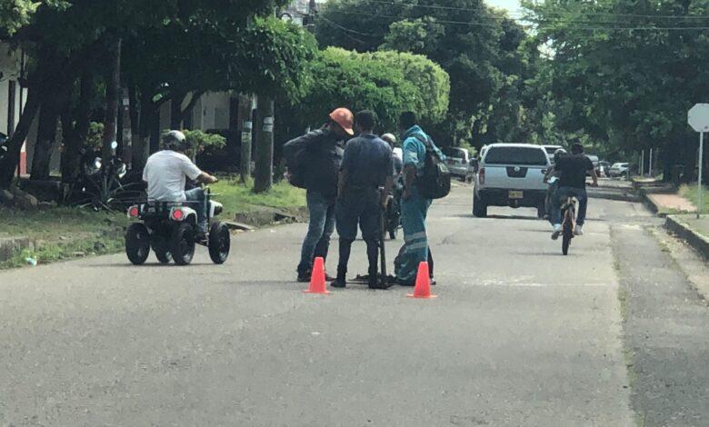 EAAAY pide estar alerta por personal no autorizado que estaría manipulando alcantarillas - Noticias de Colombia